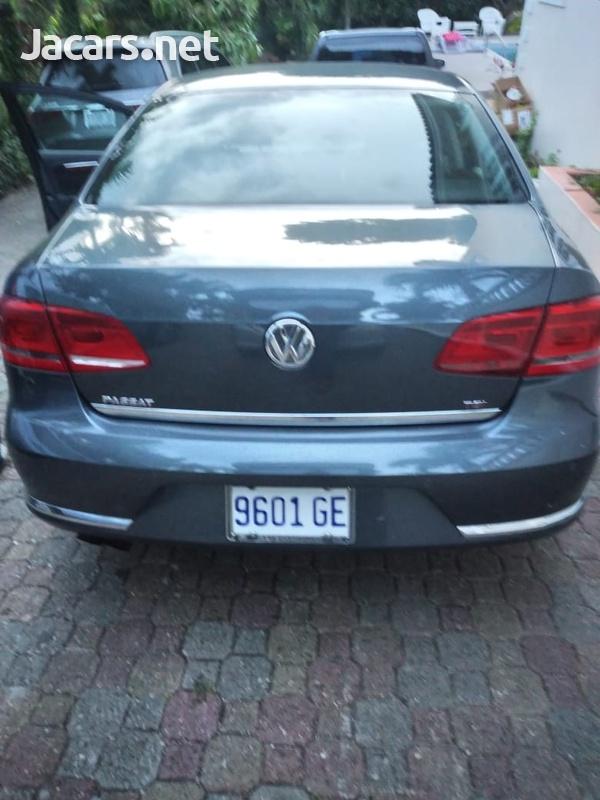 Volkswagen Passat 1,8L 2012-4
