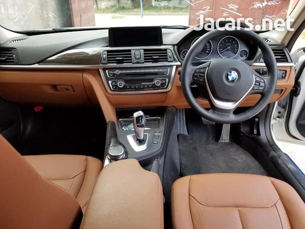 BMW 3-Series 3,0L 2015-6