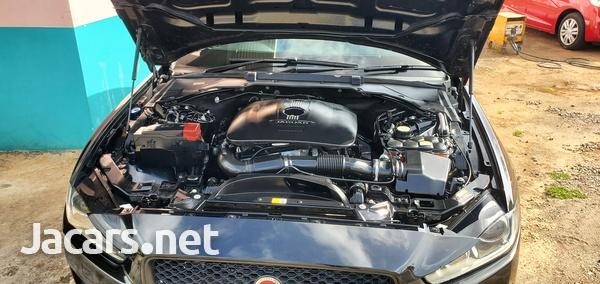 Jaguar XE 2,0L 2016-2