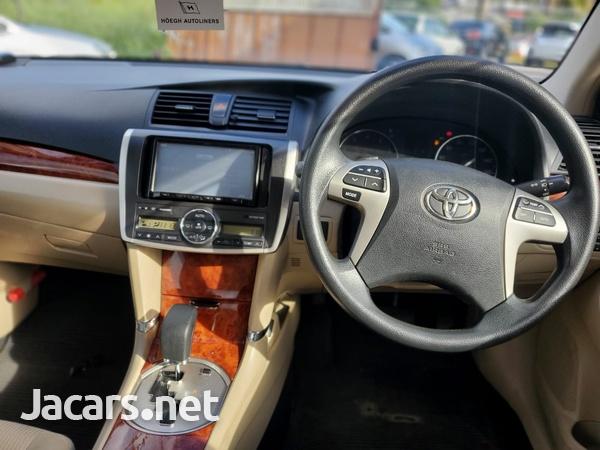 Toyota Premio 2,0L 2016-6