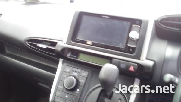 Toyota Wish 1,8L 2014-7