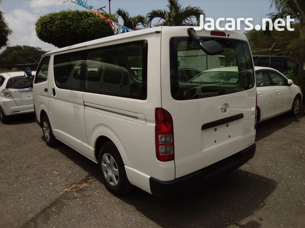 2014 Toyota Hiace Bus-7
