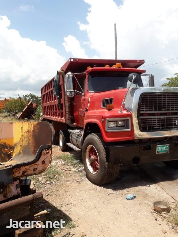 Ford LTL9000 Tipper Truck-2