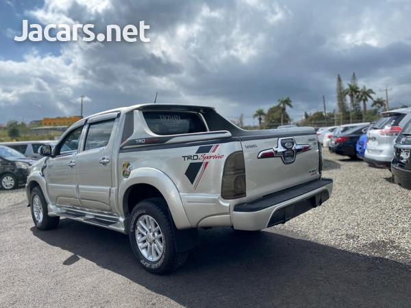Toyota Hilux 2,5L 2014-4
