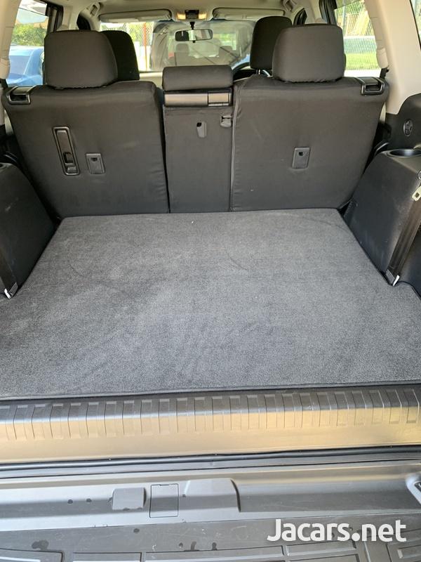 Toyota Land Cruiser Prado 3,0L 2018-7