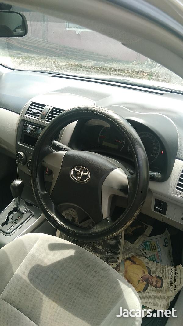 Toyota Corolla 1,5L 2012-5