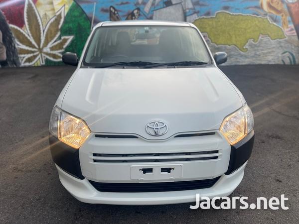 Toyota Succeed 1,5L 2016-1