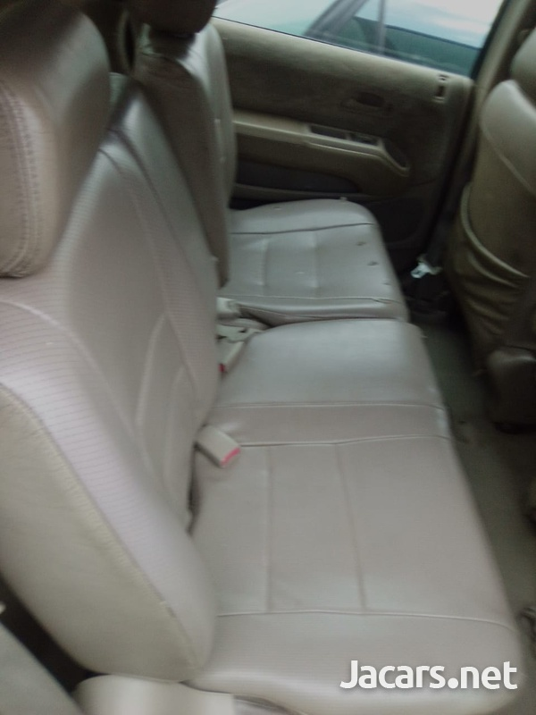 Honda Odyssey 1,8L 2002-6