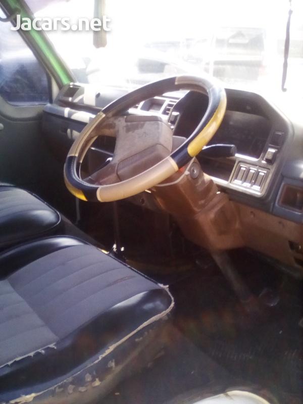 Isuzu Pick-up 2,5L 2003-7