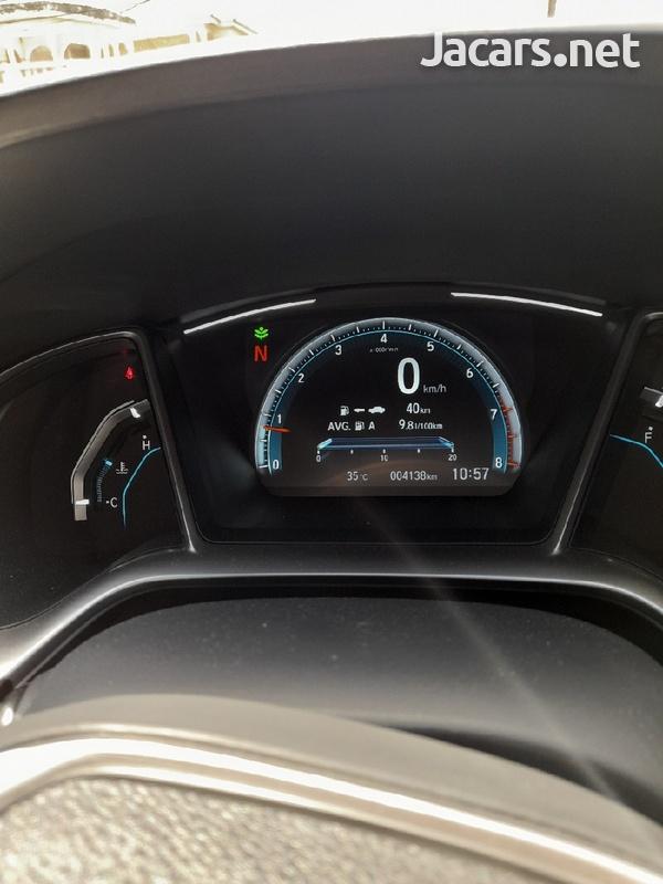 Honda Civic 1,6L 2020-6
