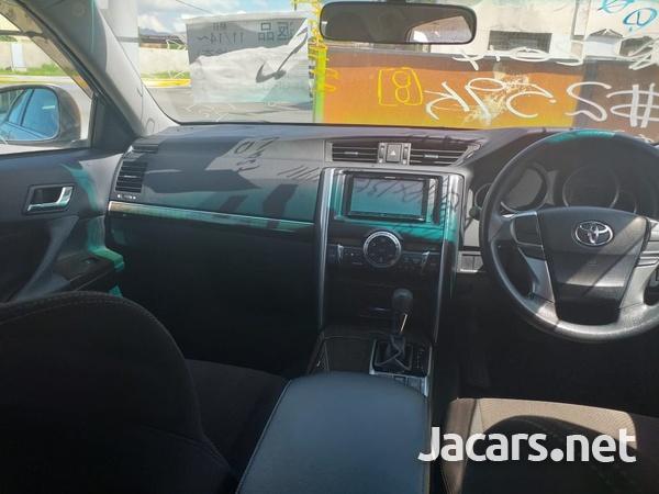 Toyota Mark X 2,5L 2014-3
