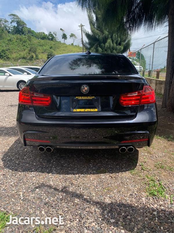 BMW 3-Series 2,0L 2013-8