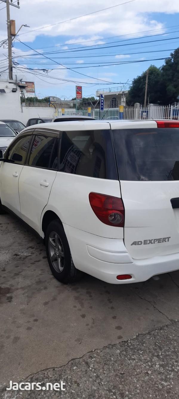 Nissan AD Wagon 1,5L 2011-5