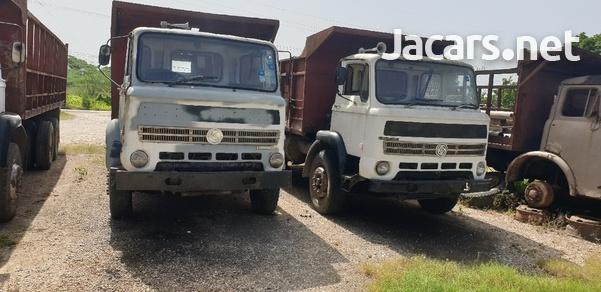 Leyland Trucks-2
