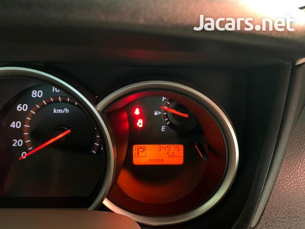 Nissan Sylphy 2,0L 2012-2