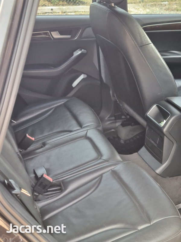 Audi Q5 2,0L 2012-5