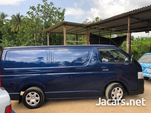 Toyota Hiace 2,4L 2014-5