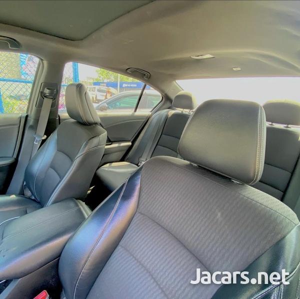 Honda Accord 2,4L 2016-6