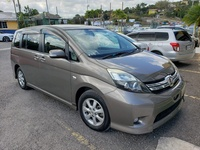 Toyota Isis 1,6L 2011