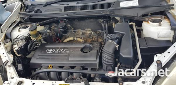 Toyota RAV4 2,0L 2000-4