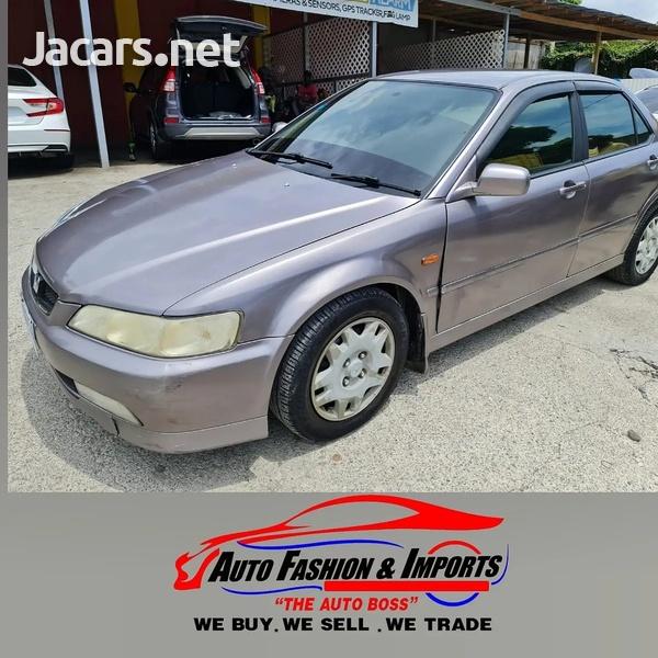 Honda Accord 2,0L 2001-1