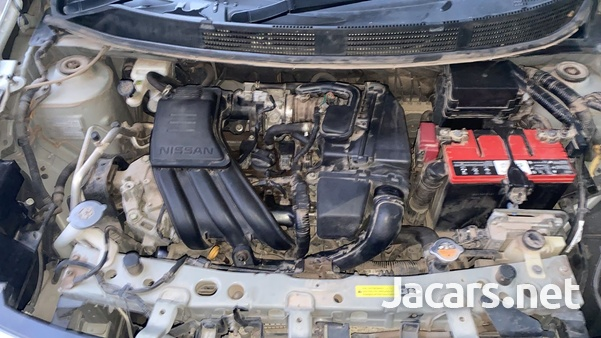 Nissan Latio 1,3L 2013-6