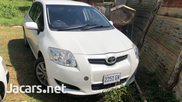 Toyota AURIS 1,8L 2007-1