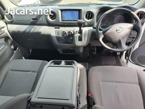 Nissan Caravan 2,5L 2015-5