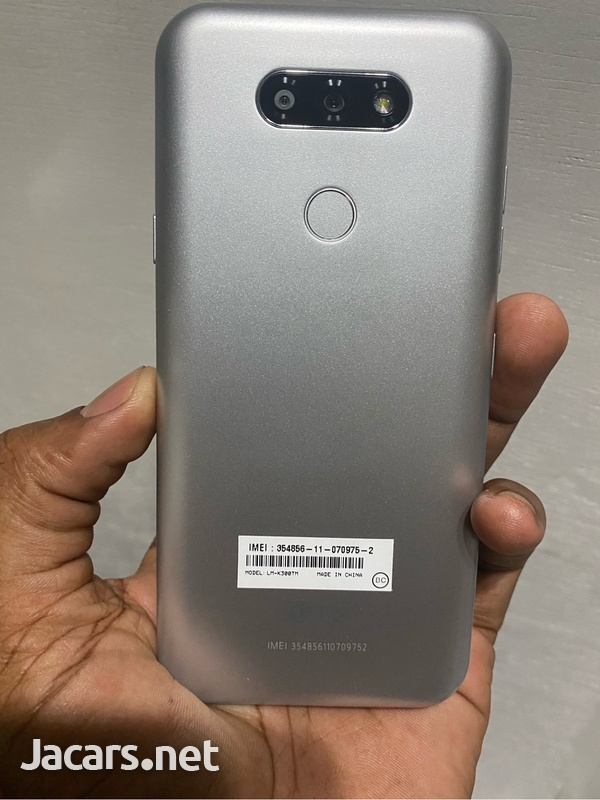 LG Aristo 5 Like New with case n charger-1