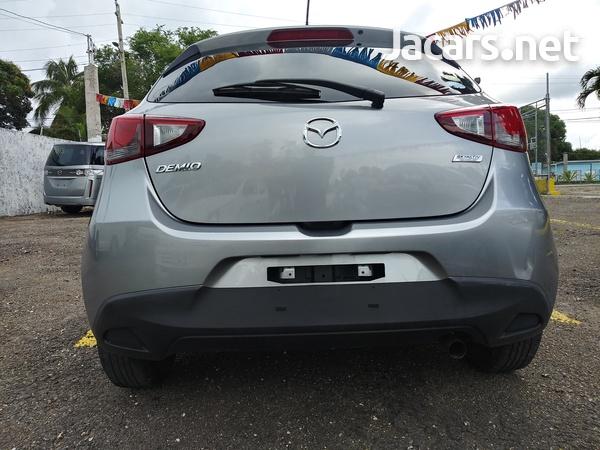 Mazda Demio 1,3L 2016-9
