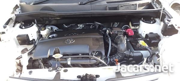 Toyota Sienta 1,5L 2014-3
