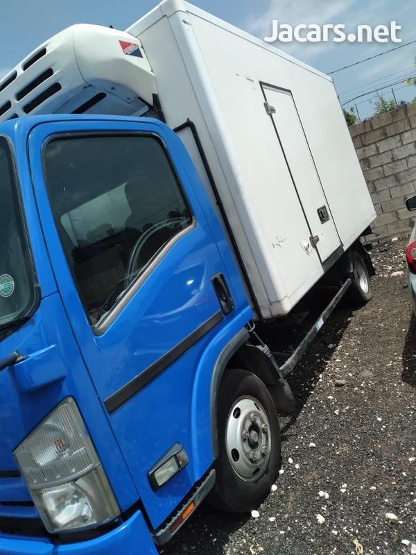 2009 Isuzu 5 Tonne Truck-10