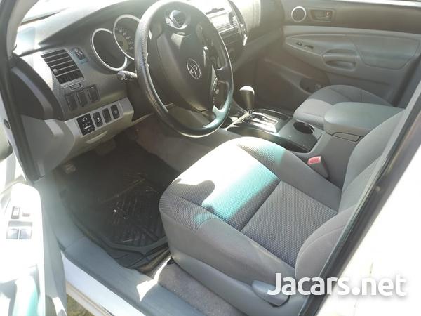 Toyota Tacoma 2,5L 2011-10