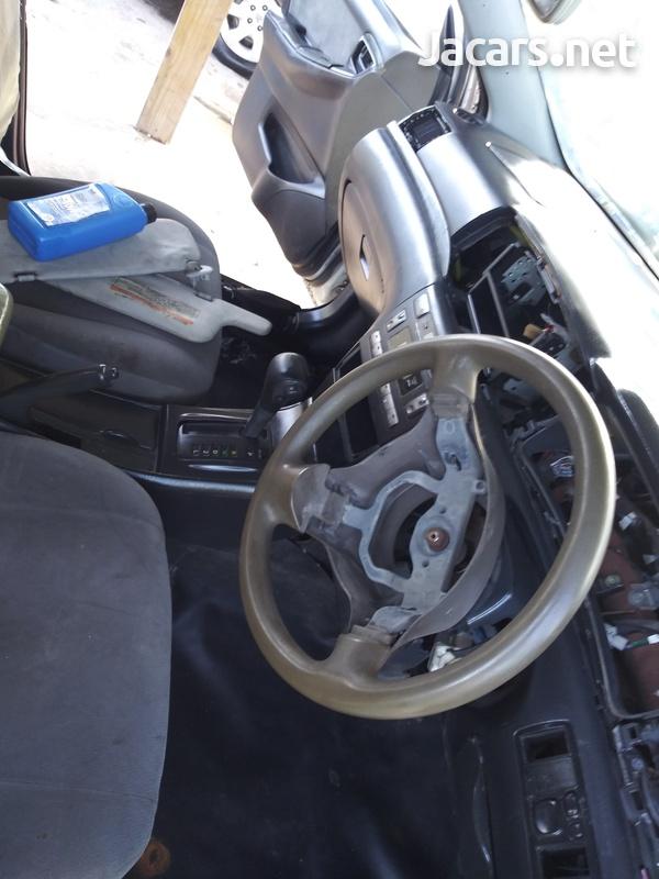Toyota Fielder 1,5L 2005-9