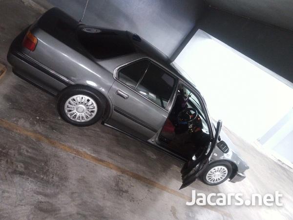 Honda Accord 2,3L 1991-3