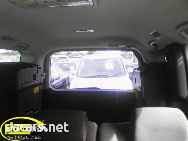 Toyota Voxy 1,9L 2010-4