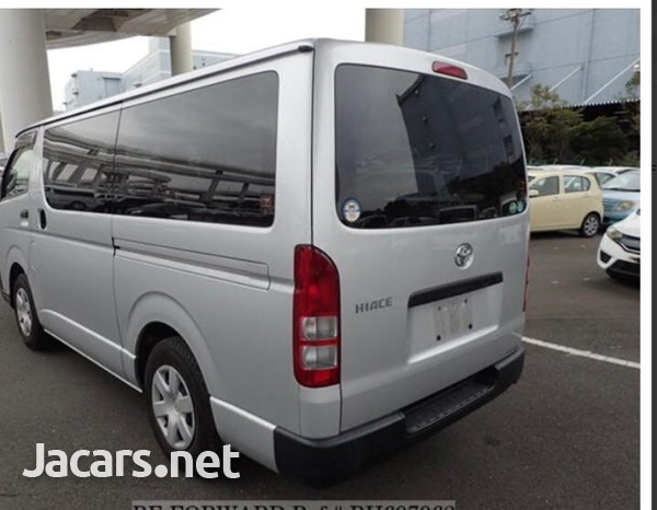Toyota Hiace 2,5L 2014-3