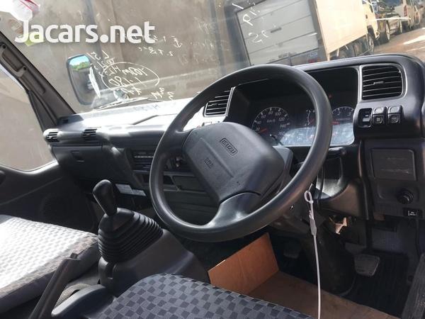 2006 Isuzu Flat Bed Truck-8