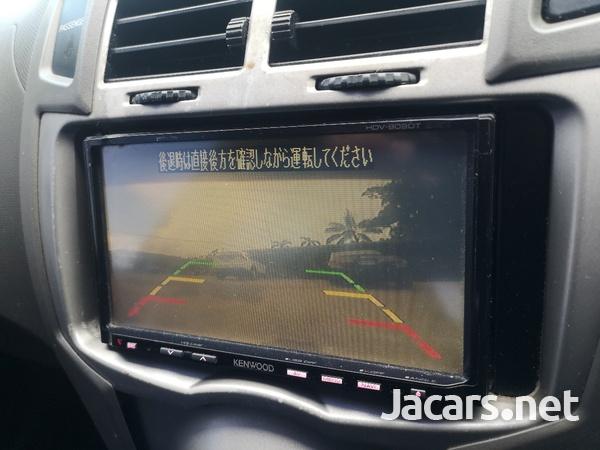 Toyota Vitz 1,5L 2010-5