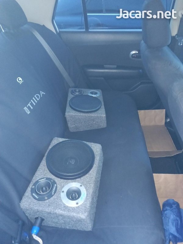 Nissan Tiida 1,8L 2013-3