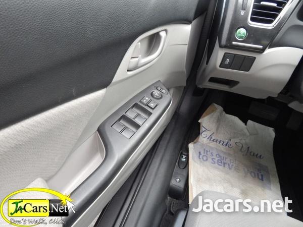 Honda Civic 1,6L 2013-3