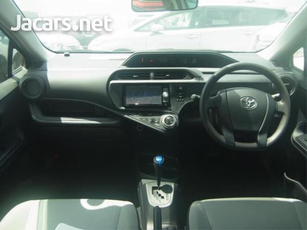 Toyota Aqua 1,5L 2016-2