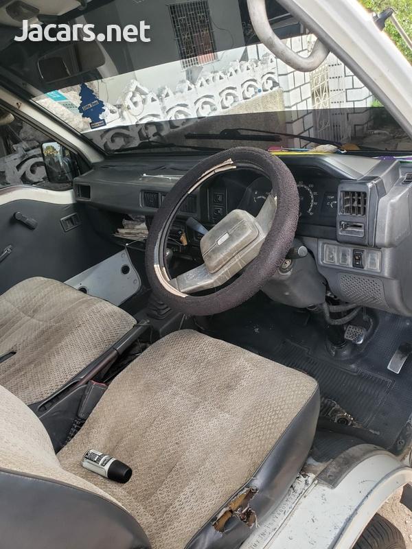 Mitsubishi l300 2,5L 1998-2