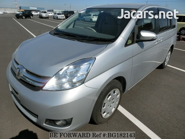 Toyota Isis 1,8L 2014-1