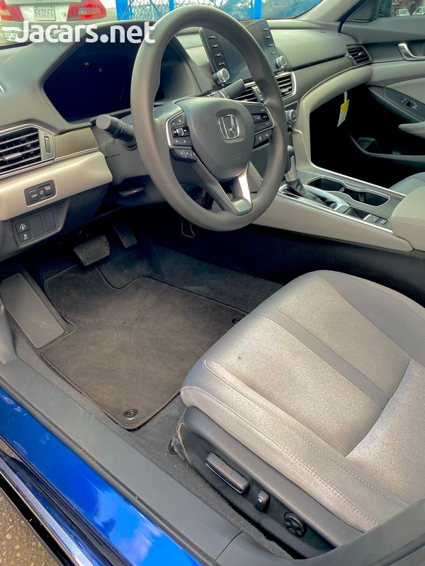 Honda Accord 2,0L 2020-13