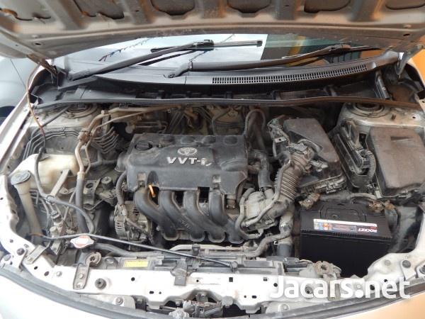 Toyota Corolla XLi 1,5L 2010-8