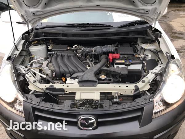 Mazda Familia 1,5L 2016-7