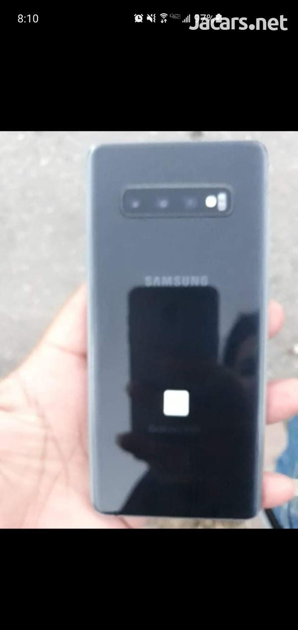 Samsung Galaxy S10 Plus 128 Gb storage 8GB Ram, Next to New.-5