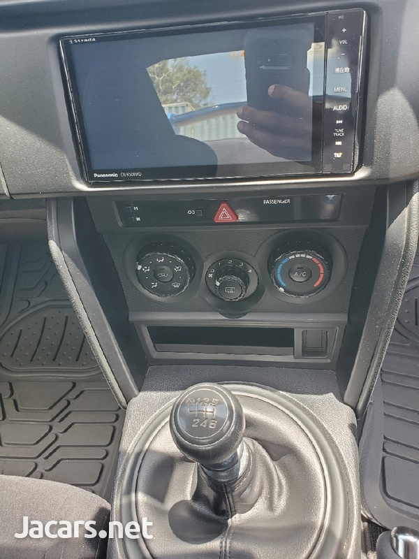Subaru BRZ 2,0L 2014-7