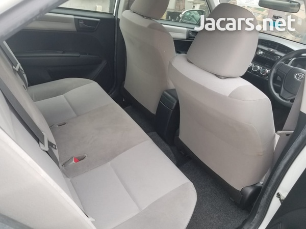 Toyota Corolla 1,5L 2014-6